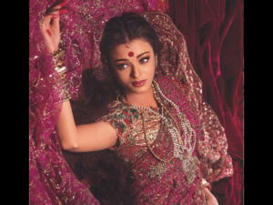 Fashion Inspired By The Master of Indian Arts & Cinema
